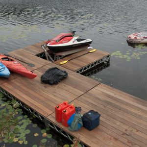 8'x8' Dock with 1'-4' Leg Length- Assembled- CanadaDocks