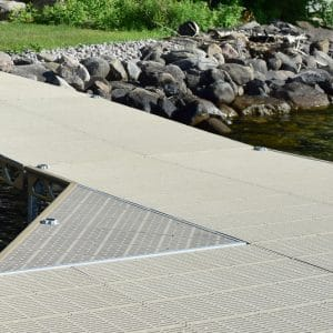CanadaDocks standing dock with white solar LEDS installed