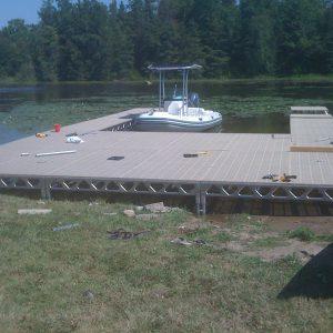 4′x8′ CanadaDocks™ Aluminum Dock Complete Kit with 1′-4′ legs