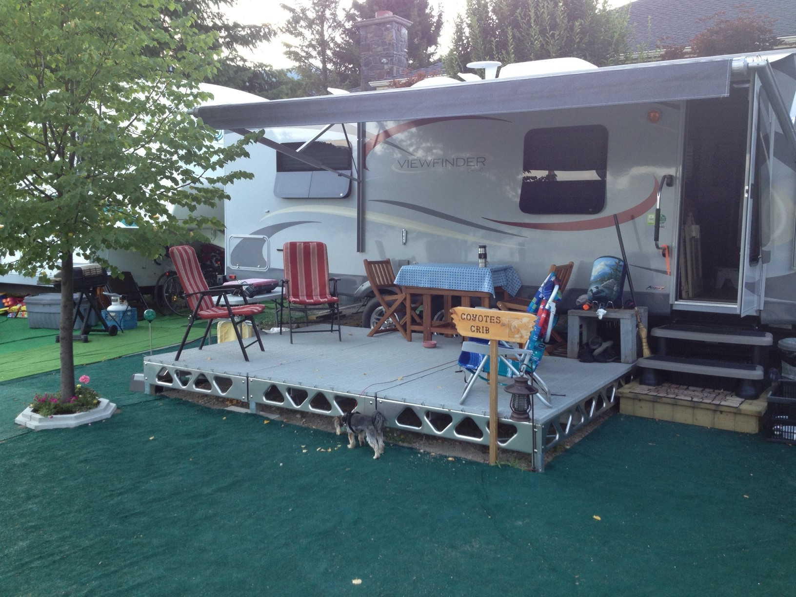 Fifth Wheel Toy Hauler With Patio Deck