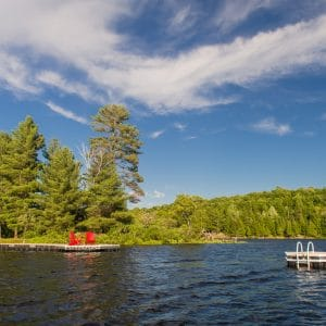 CanadaDocks floating dock and island with ladder