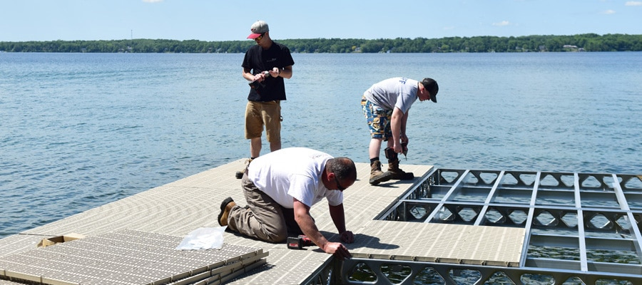 CanadaDocks Standing Dock Installation