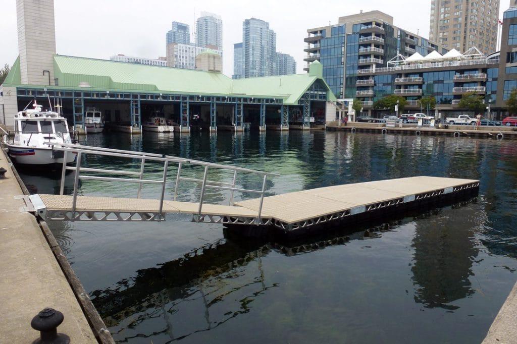 CanadaDocks Floating Docks in Toronto Ontario