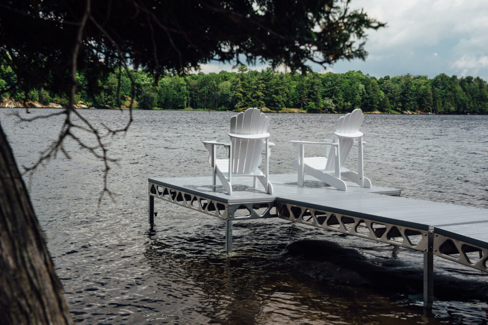 CanadaDocks Standing dock with gray AlphaDecking