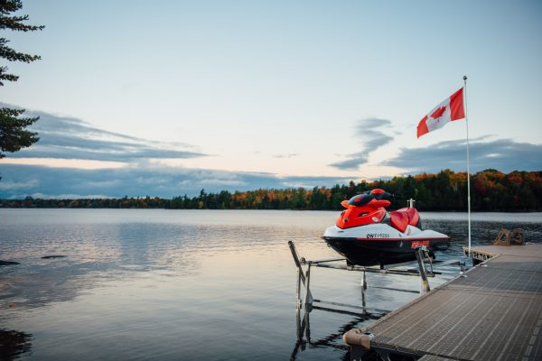 CanadaDocks 1200lbs PWC or Boat Lift