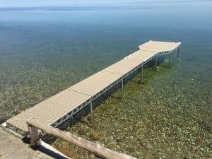 Long CanadaDocks Thruflow dock on a clear lake